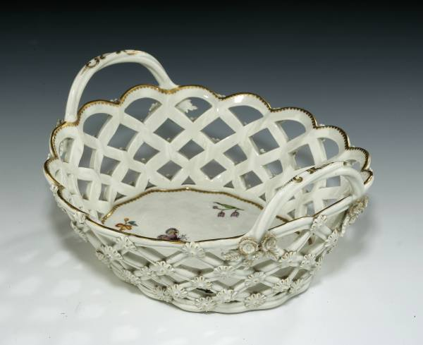 Worcester-basket-painted-Giles-antiques-Image_6029