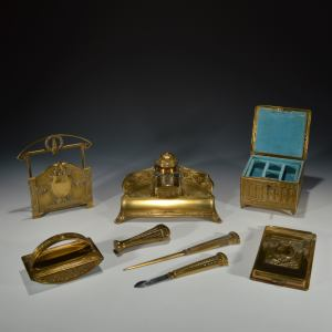 ANTIQUE CASED ART NOUVEAU BRASS DESK SET