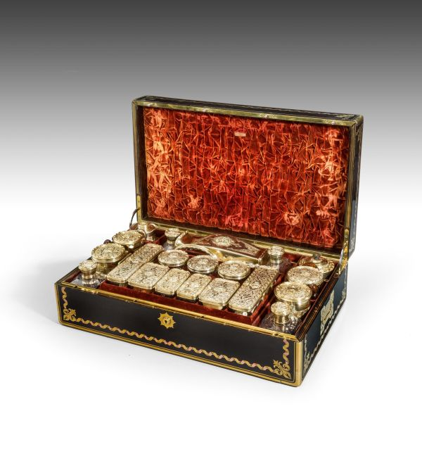 antique-dressing-vanity-travelling-case-Aucoc-Kingof-France-son-Duke-of-Montpensi (13)