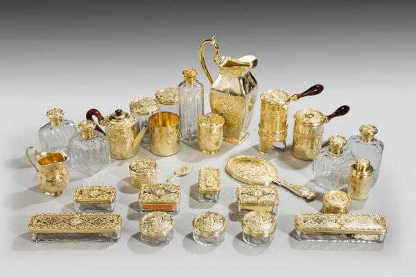 antique-dressing-vanity-travelling-case-Aucoc-Kingof-France-son-Duke-of-Montpensie (5)