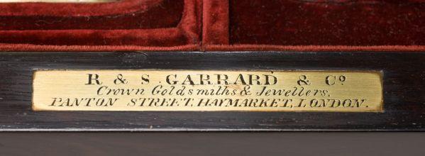 antique-dressing-vanity-travelling-case-Spencer-Churchill-Garrard-Winston-Churchill-rare-ros (11)