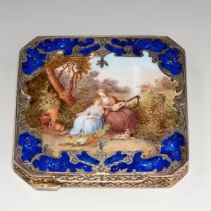ANTIQUE HAND PAINTED ENAMELLED SILVER BOX