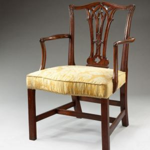 ANTIQUE GEORGIAN MAHOAGANY OPEN ARMCHAIR
