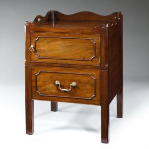 ANTIQUE MAHOGANY BEDSIDE CUPBOARD