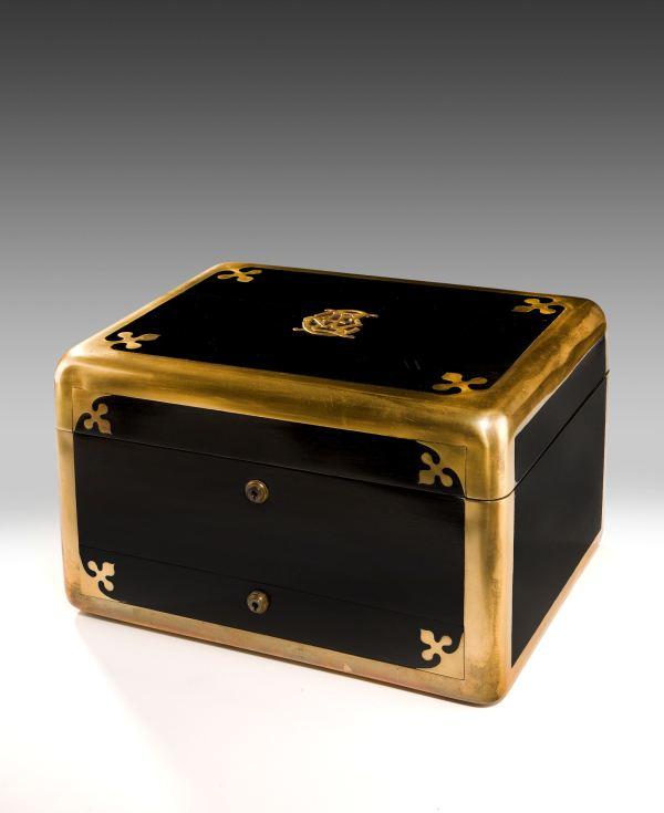 dressing-vanity-case-ebony-ladies-Jenner-Knewstub-19th-century-antique-4920_1_4920