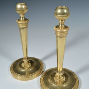 FINE ANTIQUE PAIR OF FRENCH EMPIRE ORMOLU CANDLESTICKS