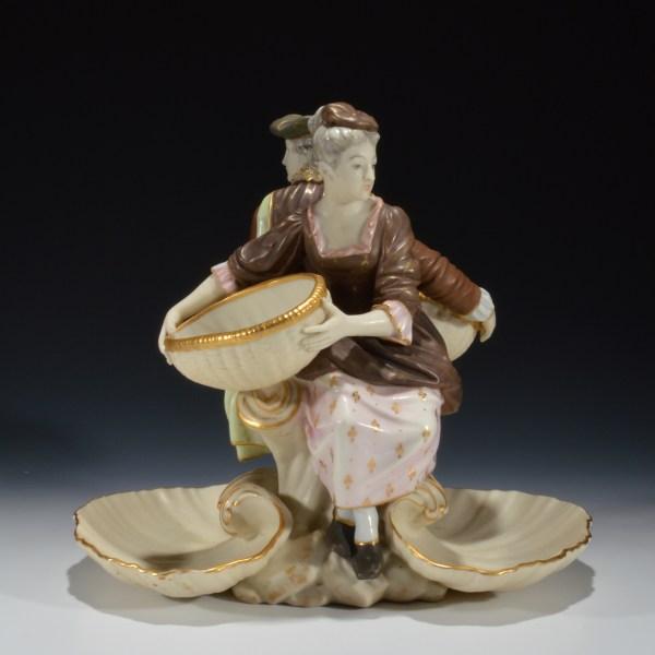royal-worcester-porcelain-sweetmeat-dish-lady-gentleman-shells-antique-DSC_7428