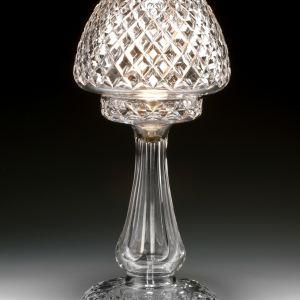 ANTIQUE DIAMOND CUT GLASS TABLE LAMP