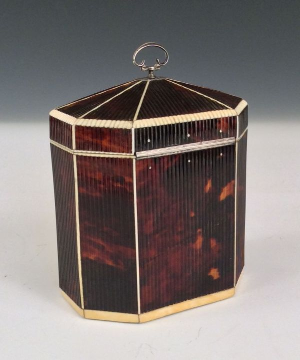 tea-caddy-tortoiseshell-ribbed-octagonal-antique-Wedgwood-plaque-5555_1_5555