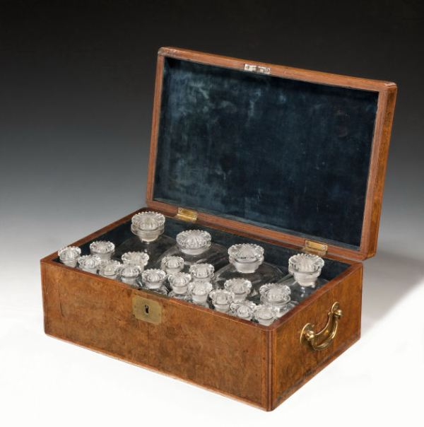 ANTIQUE 18TH CENTURY WALNUT BOX CONTAINING BOTTLES