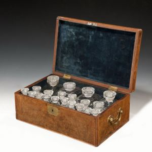 ANTIQUE 18TH CENTURY WALNUT BOX CONTAINING BOTTLES