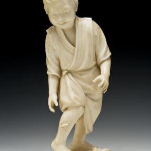 JAPANESE IVORY OKIMONO BOY & GRASSHOPPER