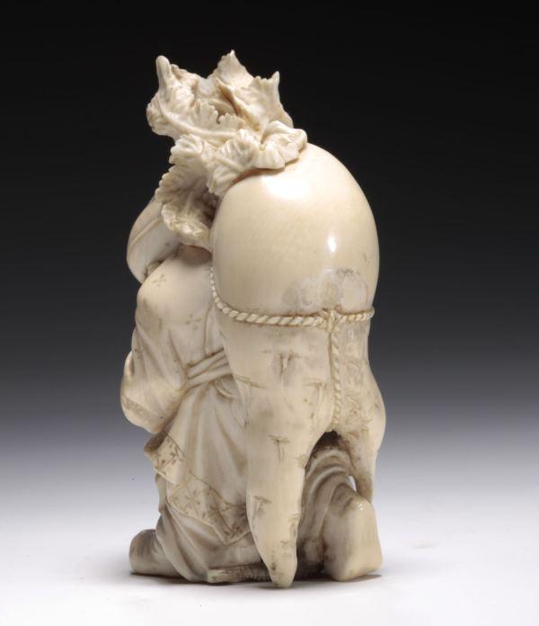 ivory-okimono-Japanese-Daikoku-god-of-wealth-antique-meiji-3968_1_3968