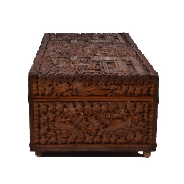 antique-anglo-indian-carved-wooden-box-tiger-elephant-palaces-birds-DSC_0514