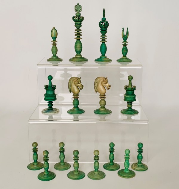 antique-chess-set-ivory-green-natural-stamped-william-lund-IMG_2907