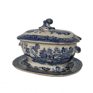 ANTIQUE SMALL BLUE & WHITE TUREEN, STAND & COVER