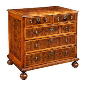 ANTIQUE WILLIAM & MARY OLIVE WOOD OYSTER CHEST OF DRAWERS