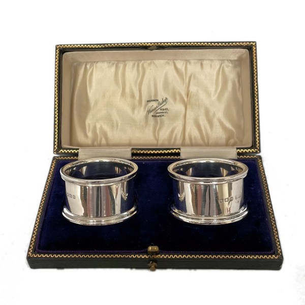 FIND PAIR OF ANTIQUE SILVER NAPKIN RINGS FOR SALE IN UK