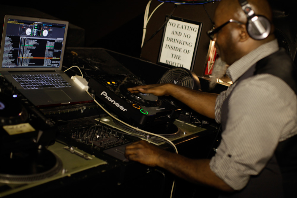 DJ Hardhittin Harry at Katra 3.4.14