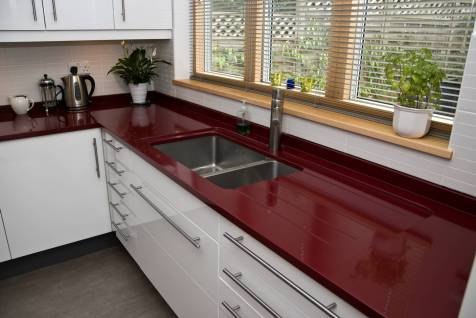 Counter with sink and drainer
