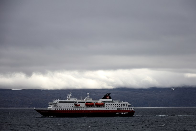 Richard_Walch_Hurtigruten4187.jpg?fit=2000%2C1334