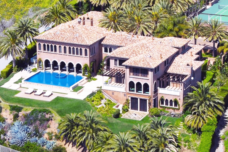 Jay-Z-and-Beyonce-Cher-Mansion