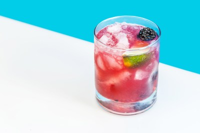 ALCOHOLIC DRINK PHOTOGRAPHY
