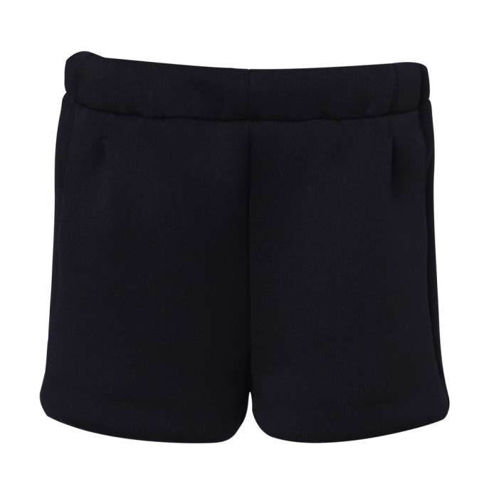 Knit shorts with elastic waistband
