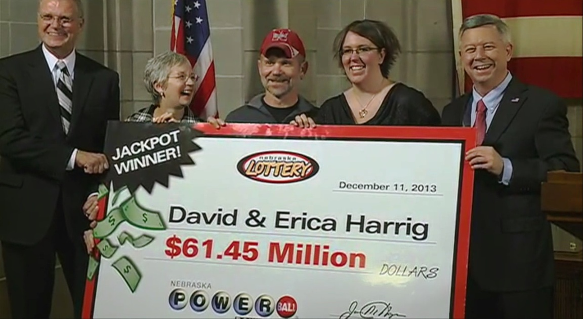 David and erica harrig Maureen and Stephen hinckley  Powerball Jackpot in US