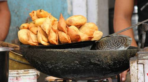 selling fried items become rich in ramadan