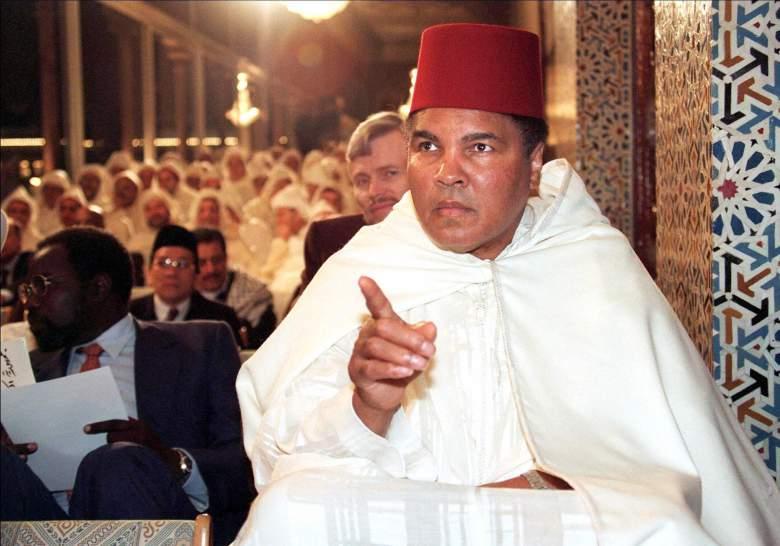 Muhammad Ali Accepting Islam