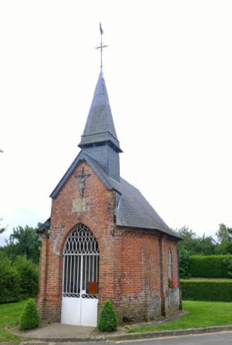 Roadside chapel at Amécourt