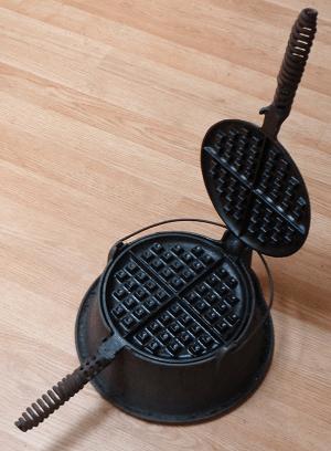 griswold cast iron waffle iron