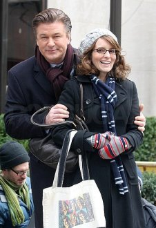 Pictures-Alec-Baldwin-Tina-Fey-Filming-30-Rock