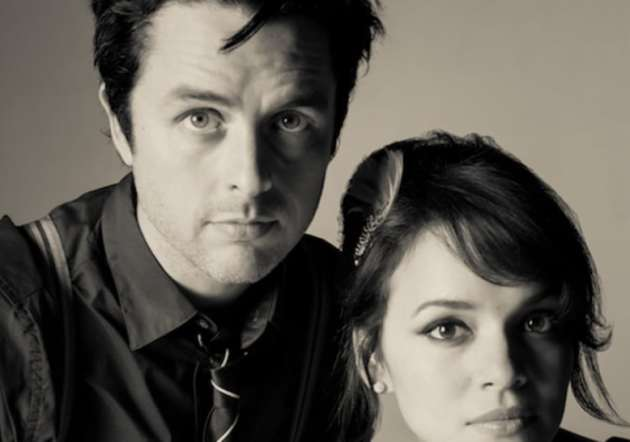 131023-billie-joe-armstrong-norah-jones