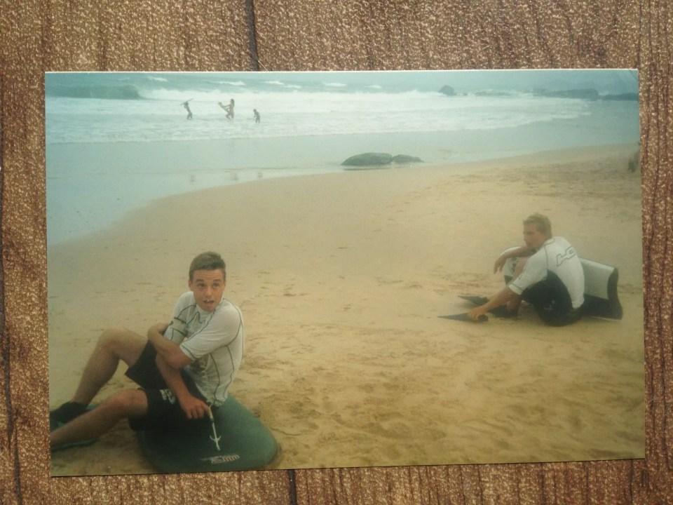 David Pimentel e Gilson Bruch em pico secreto no litoral norte catarinense. ft.: arquivo pessoal