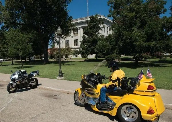 Wayne Sroyter and James Pratt stop at the courthouse in on the way home.