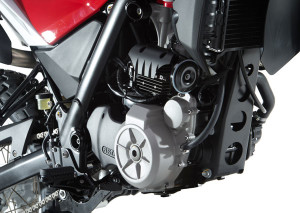 Engine is a tuned-up version of the 652cc single from the BMW G 650 GS, with a claimed 20% boost in horsepower, to 58.