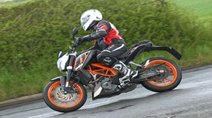 KTM - DUKE 390 MOTORCYCLE