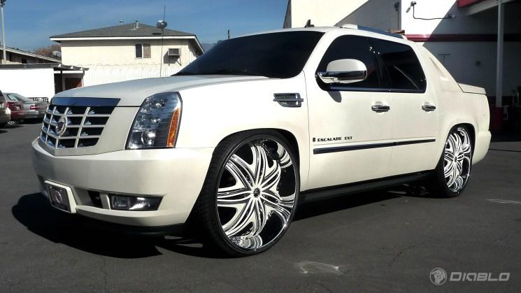 rides magazine Cadillac Escalade EXT diablo morpheus wheels 30 inch