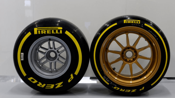 Lotus, F1, 18-inch, Pirelli
