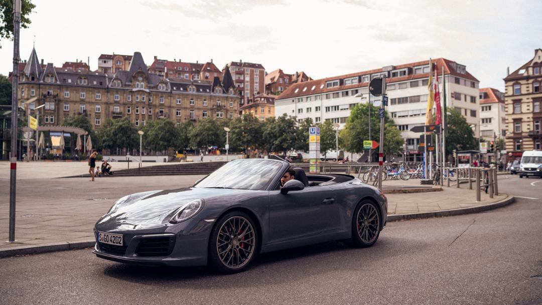Florian Roser, 911 Carrera S Cabriolet (2018), Marienplatz, Stuttgart, 2018, Porsche AG