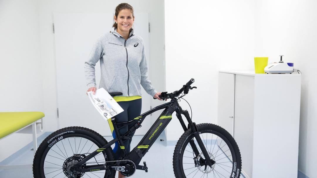 Julia Görges, Porsche Brand Ambassador, Porsche Health Centre, 2019, Porsche AG