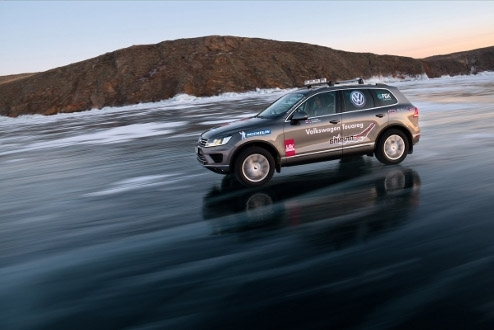 Volkswagen Touareg on Lake Baikal Volkswagen Touareg on Lake Baikal - to see a video on Youtube click here.