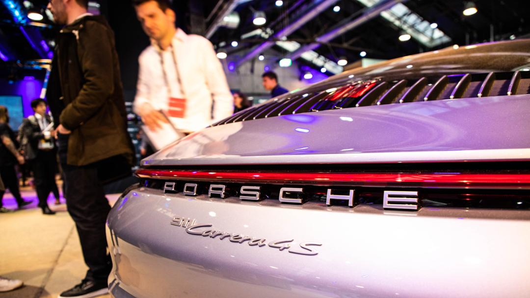 911 Carrera 4S, Startup Autobahn Expo Day, Stuttgart, 2019, Porsche AG