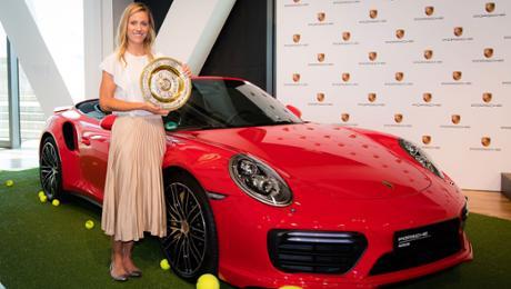 Kerber: Press discussion in a Porsche Museum