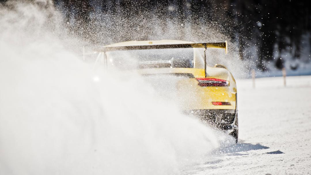 911 GT2 RS, St. Moritz, 2018, Porsche AG