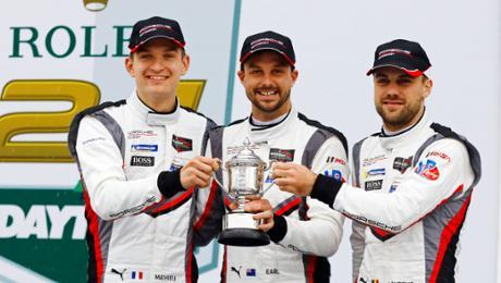 IMSA: Porsche on a lectern during Daytona