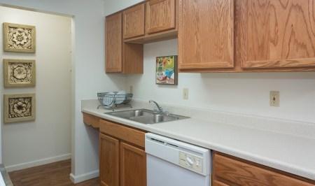 Ridgedale Townhomes Kitchen2