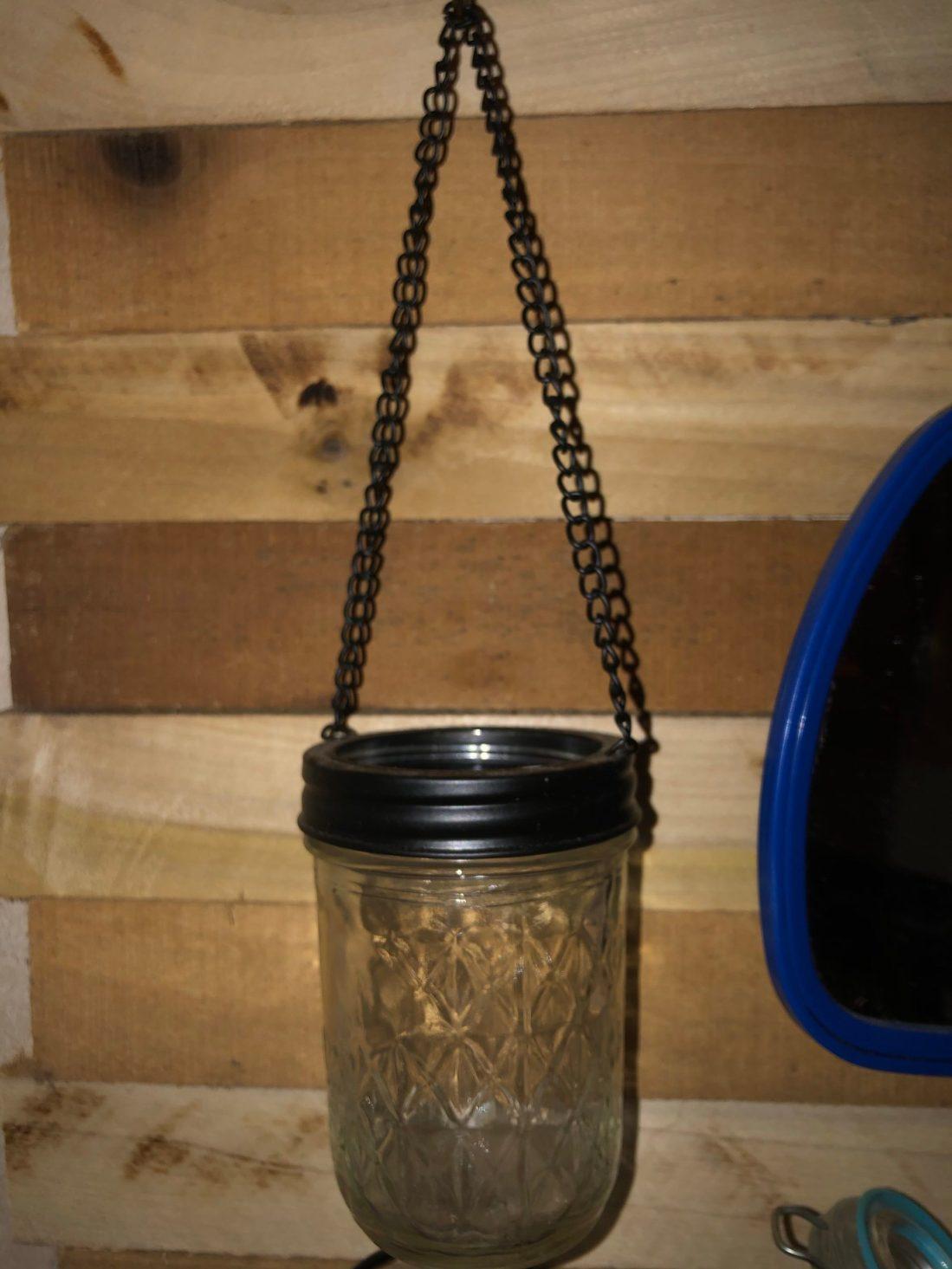 Mason jar hanging lid